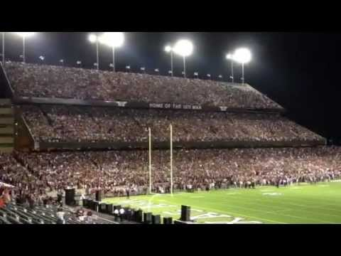 Texas A&M First Yell 2012 - Granger Smith singing We Bleed Maroon