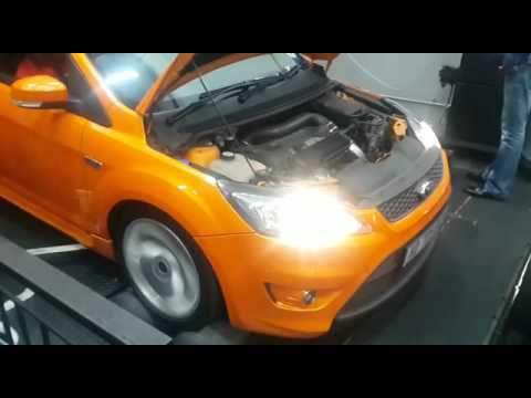 ford focus st 225 stock turbo youtube. Black Bedroom Furniture Sets. Home Design Ideas