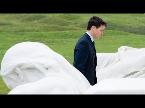 Trudeau pays tribute to Canada's fallen soldiers at Vimy Ridge