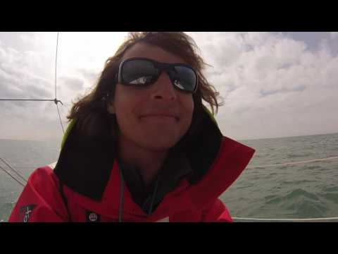 Navigation en solitaire sur l'Atlantique - Franchissement du second cap en musique