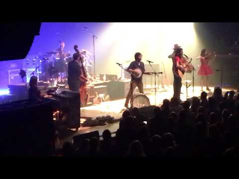 "Avett Brothers ""No Hard Feelings"" Chicago Theatre 11.11.17 Night 3"
