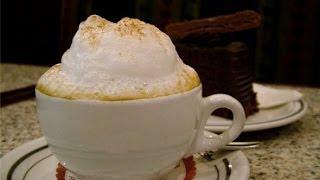 Как приготовить кофе с пенкой(Кофе с пенкой Видео рецепты. Простые и доступные советы по приготовлению невероятно вкусных и полезных..., 2014-06-17T15:26:54.000Z)