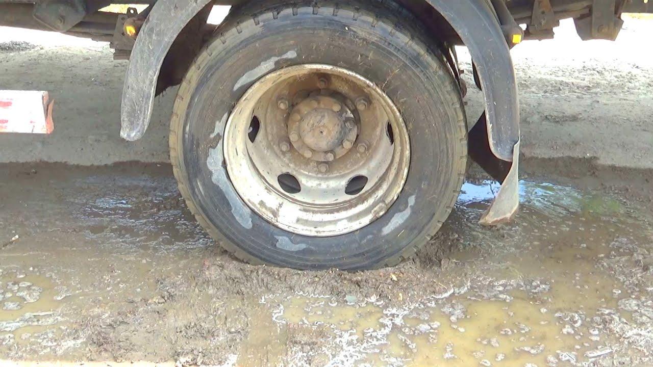 Веселі історії про трактор, вантажівку і Маквіна - Веселий збірник відео
