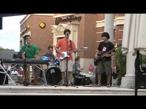 Bi Boi -The Educators Live at Blue Back Square