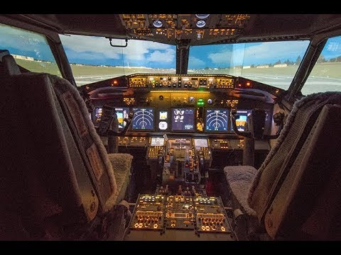 Boeing 737 real cockpit simulator conversion
