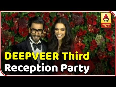 Ranveer, Deepika Win Everyone's Heart During Their Mumbai Wedding Reception   ABP News