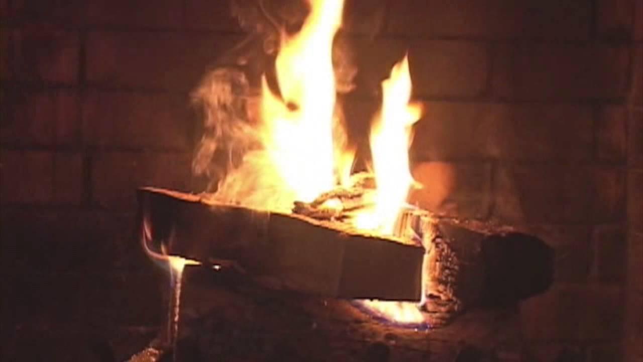 Christmas Fireplace To Keep You Warm With Christmas