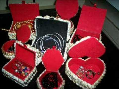 Fashionable Jewelry boxes.....