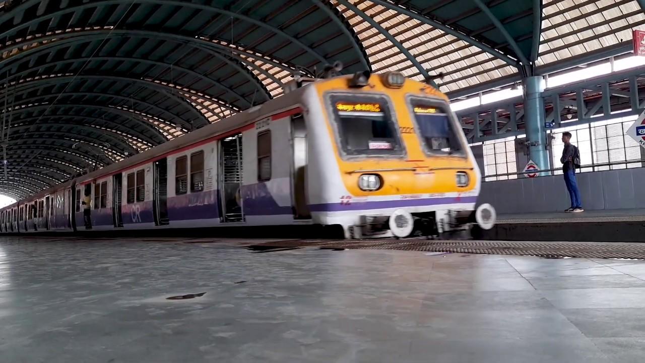Travelling Kharkopar To Seawoods Darave Mumbai Local Train Mumbai Max.
