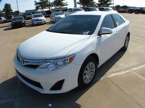 2012 Toyota Camry Le Start Up Exterior Interior Review