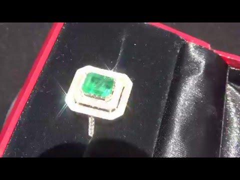Eye-clean International Certified Emerald Ring