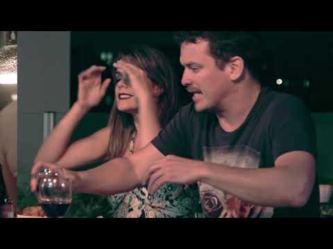 ¡Qué Difícil Es Amar! | Trailer