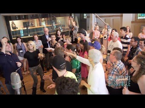 Carrie Underwood, Rascal Flatts & More Help ACM Lifting Lives Camp