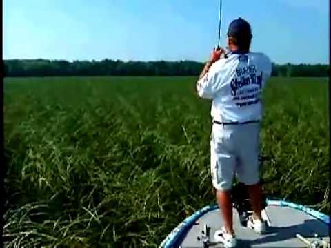 Denny Brauer Lake Champlain Winning fish 2006