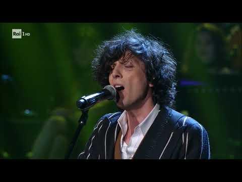 Ermal Meta canta 'Hallelujah' - Celebration 21/10/2017