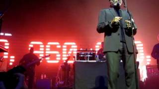 Massive Attack - Girl I Love You (Warfield Theater 5-25-10)