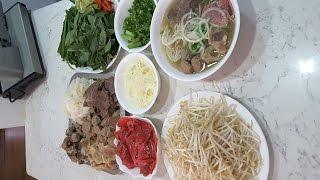 Phở bò đặc biệt  - New York / Beef noodles soup