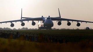 Ukrayna'dan kalkan dünyanın en büyük kargo uçağı Antonov Avustralya'ya indi
