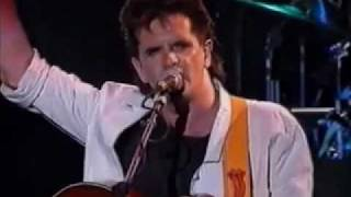 RUNRIG - LONDON - TOWN & COUNTRY CLUB PART 1 - VOCALS DONNIE MUNRO