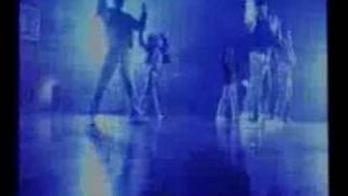 ออกมาเต้น : ติ๊ก ชีโร่