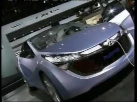 Auto show to take turn toward tech