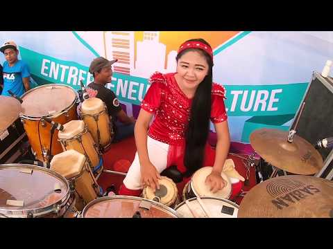 Wahyu Kolosebo Ratu Dangdut New Kendedes Vocal Vivi Artika