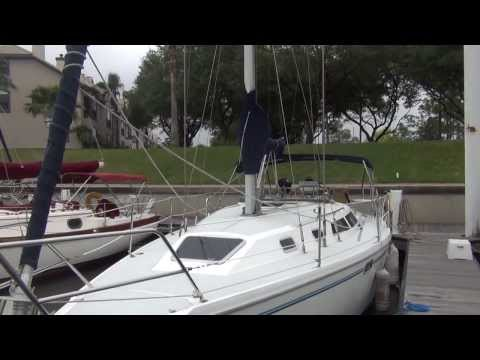 """SOLD!!! Catalina 320 """"Sanctuary"""" Catalina Sailboat for sale at Little Yacht Sales, Kemah Texas"""