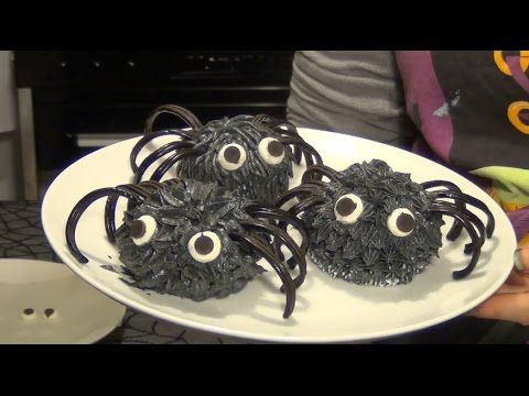 halloween cupcakes idea very easy cute black spiders
