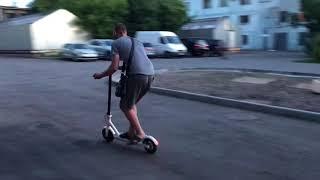 видео Электросамокат Xiaomi Mijia Electric Scooter – купить в Москве с доставкой