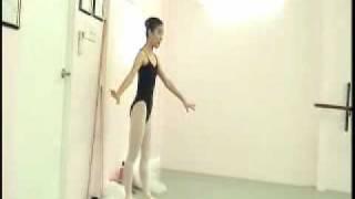 キューピッド バリエーションの練習にて。Lioubov Nikonorenko 2009 Jan...
