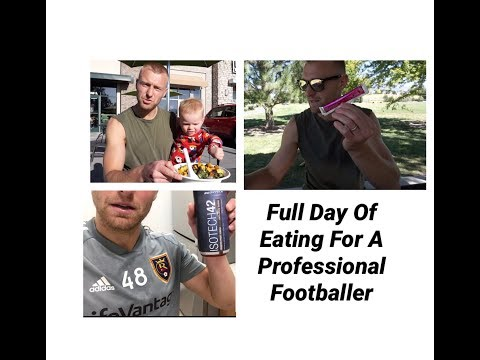 a-full-day-of-eating-|-a-professional-footballer's-diet-|-rest-day-vs-training-day-macros