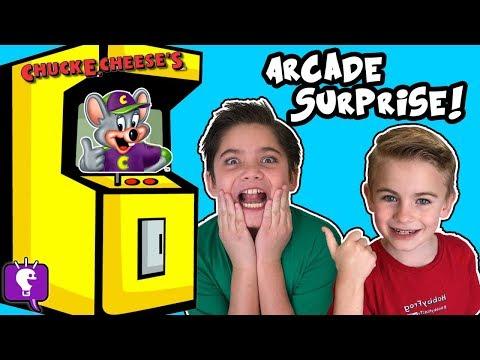 CHUCK E CHEESE! FNAF FREDDY FAZBEAR Hiding at Video Arcade + Tickets Part 1 HobbyKidsTV