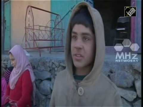 Drought and overuse force thirsty Kabul residents to travel far, dig deep for water (01 Mar,2017)