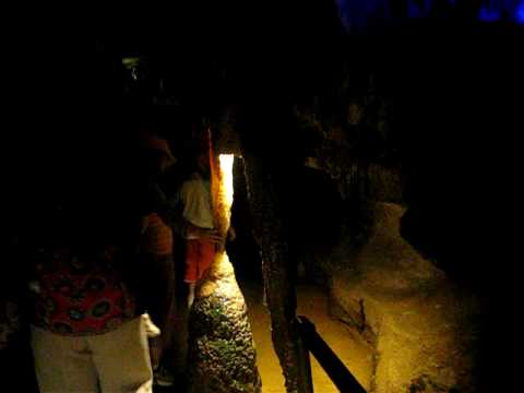 Ruby Falls - Cave Tour
