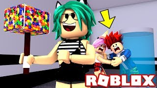 BREAKING COUPLES BEING THE BEST!! 😈 HACKEA FAST!! ROBLOX (FLEE THE FACILITY) 😱