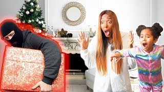 THE GRINCH Stole Our CHRISTMAS! I Christmas gift swap