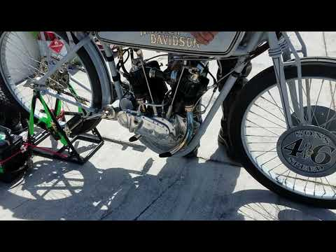 Billy Lanes Sons of Speed Antique Motorcycle Race Practice 2018