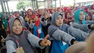 Pelatihan Senam Kreasi Anak Indonesia !!! Bersama Rudy Poco-poco di AIL Banyuwangi