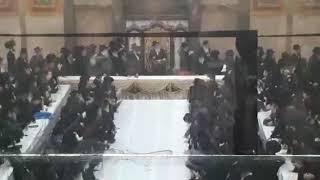 Bobover Rebbe Entering Kabolas Ponim In E Israel - Shvat 5780