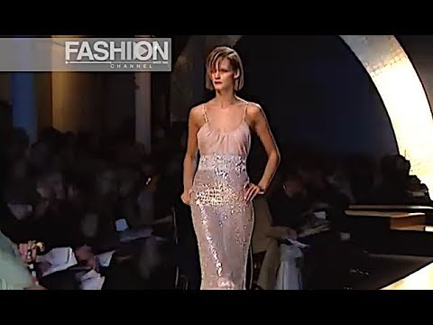 VALENTINO Haute Couture Spring Summer 2001 Paris - Fashion Channel