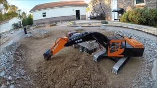 7 Bones RC Construction 127 - 330 excavator unloads - Scania fails to climb - 10 Oct 2016
