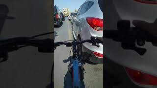 Bisikletle giderken arabaya çarptım sonra kaçtım ve yakalandim