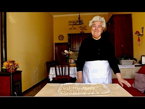How To Make Sagne Ritorte Pasta From Puglia | Pasta Grannies