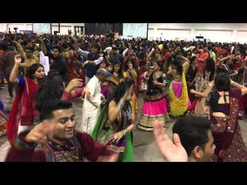 Shree Atul Purohit's Garba | Navratri Garba 31st October  2015 | International Centre, Toronto |