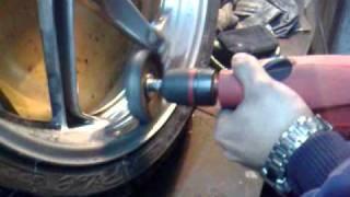 polerowanie aluminium koła przedniego honda vfr 800 cz 2