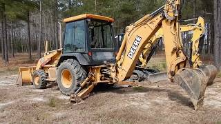 backhoe-vs-excavator-control-patterns