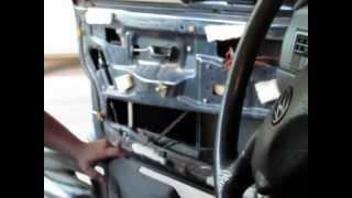 Como retirar batidas/ ruídos da porta e bancos traseiros VW Santana Clube