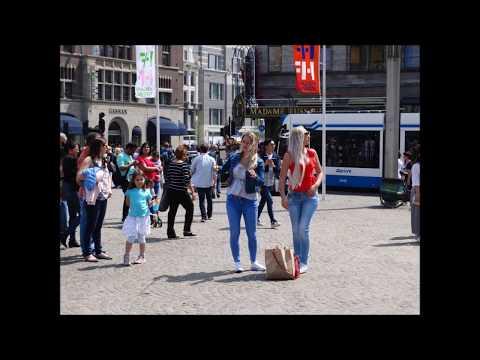 People on Dam Square: van politieagent tot youtuber  #Amsterdam