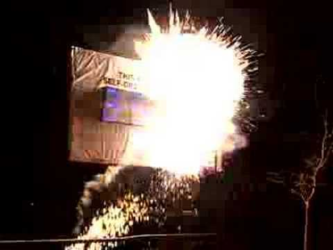 DEADLINE EXPRESS COURIERS EXPLODING BILLBOARD