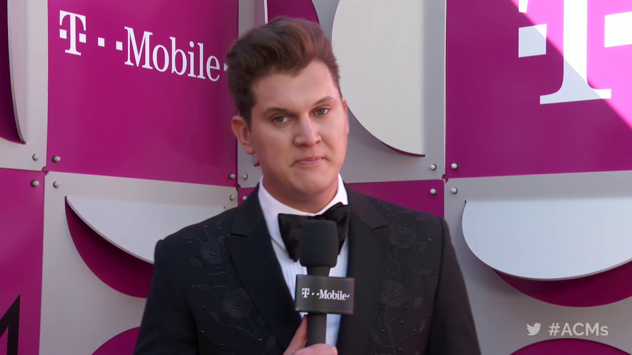 2017 ACM Awards: Jon Pardi Red Carpet Interview